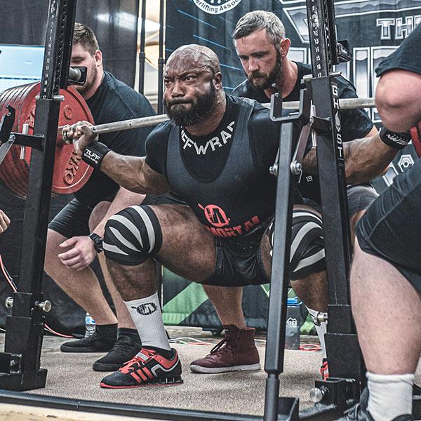 perseus black squatting